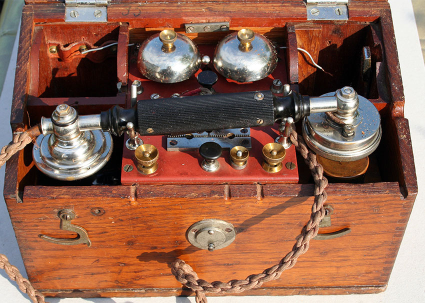 1898-Ericsson-Field-Telephone-C-Mark-1-30.jpg